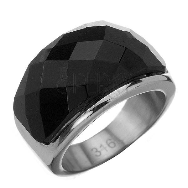 Gyűrű acélból - nagy csiszolt fekete kő