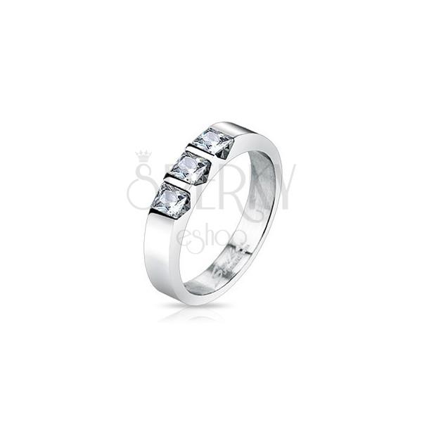 Nemesacél gyűrű - három tiszta négyzet alakú cirkónia
