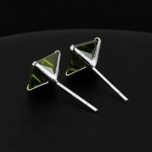 Bedugós ezüst fülbevaló - sötétzöld cirkónia négyzet, 7 mm