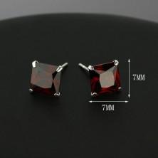 925 ezüst fülbevaló - vörös cirkónia négyzet, 7 mm