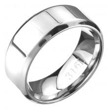 Gyűrű acélból - fényes felület lejtős szegélyekkel