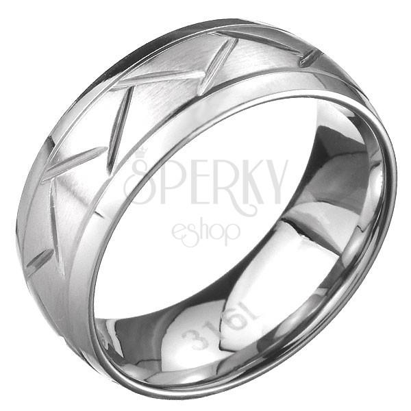 Nemesacél gyűrű - cikk cakk minta a középső sávban, ezüst színben