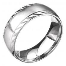 Nemesacél karikagyűrű - matt középső sáv, bemart szegélyek