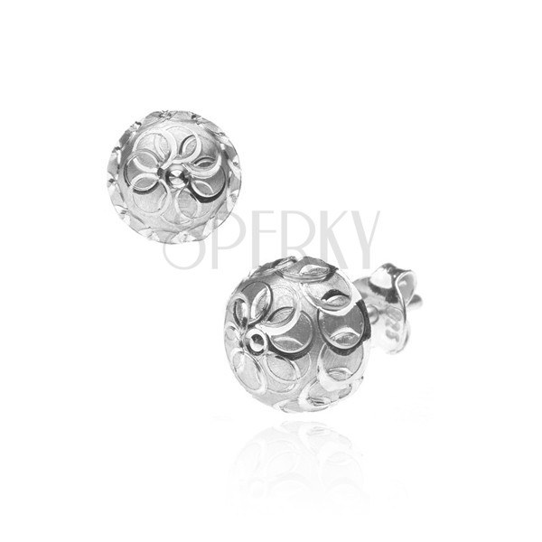Fülbevaló 925 ezüstből - matt félgömb virággal és körökkel