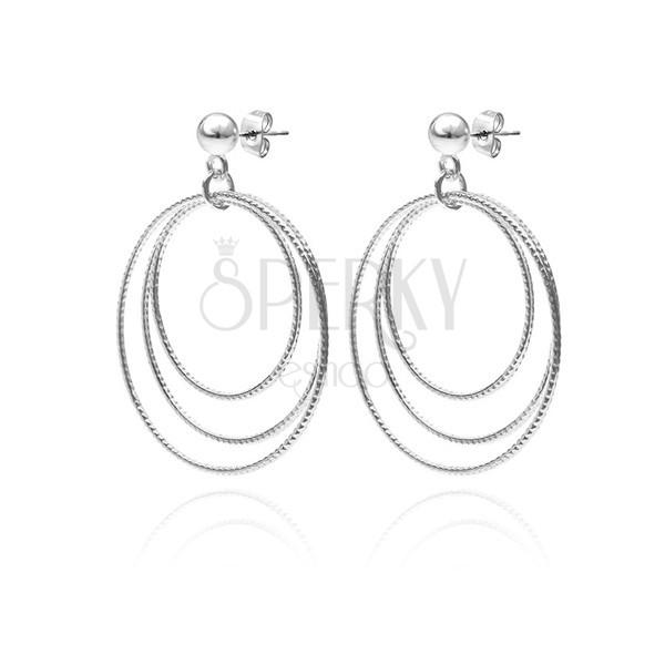 Bedugós ezüst fülbevaló - három mintázott karika