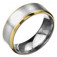 Gyűrű titániumból - rovátkolt matt ezüst sáv, arany szegély