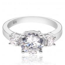 Eljegyzési gyűrű ezüstből - egy nagyobb és két kisebb tiszta kő