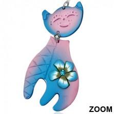 Akasztós fimo fülbevaló - kékesrózsaszín ülő macska virággal és kővel