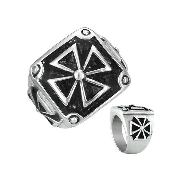Acél pecsétgyűrű - bekeretezett máltai kereszt, antikolt