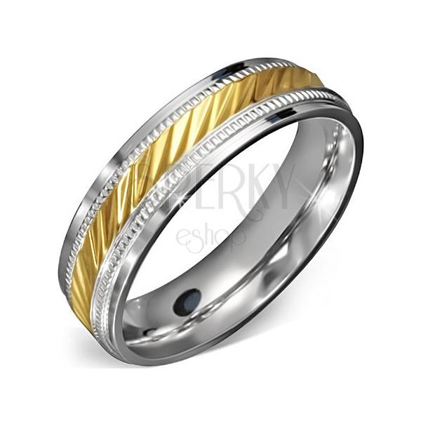 Karikagyűrű sebészeti acélból - arany sáv bemarásokkal, díszítő szegéllyel