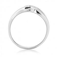Gyűrű 925 ezüstből - hajlított szárak a cirkónia körül
