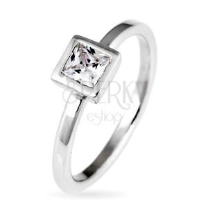 Sterling ezüst gyűrű - kiemelkedő négyzet cirkónia, keretben