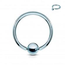 Titánium piercing - karika és egy fényes golyó középen