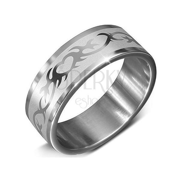Acél gyűrű ezüst színben - díszes szív ornamentumok